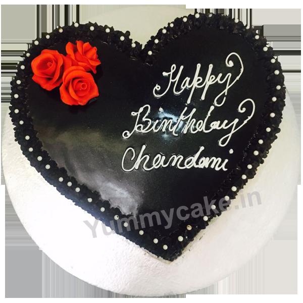 Heart-Shaped-Designer-Cakes-Yummycake