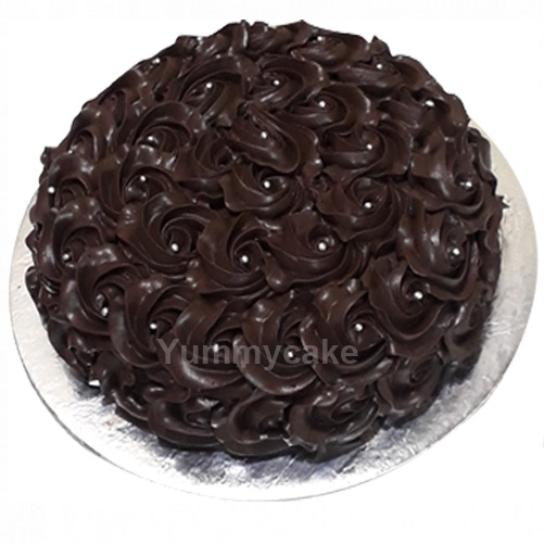 new-year-chocolate-cake