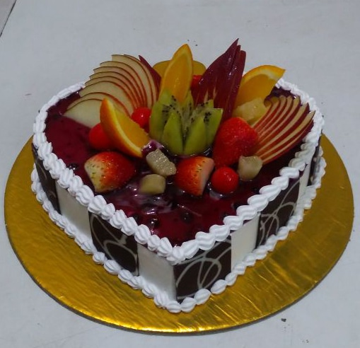 fruit cakes 1kg inr 1099 free online home delivery in delhi ncr