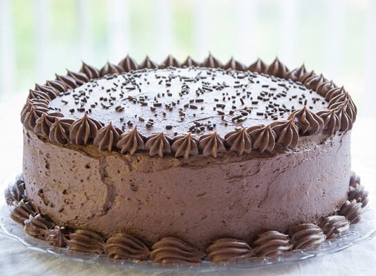 chocolate frosting cake