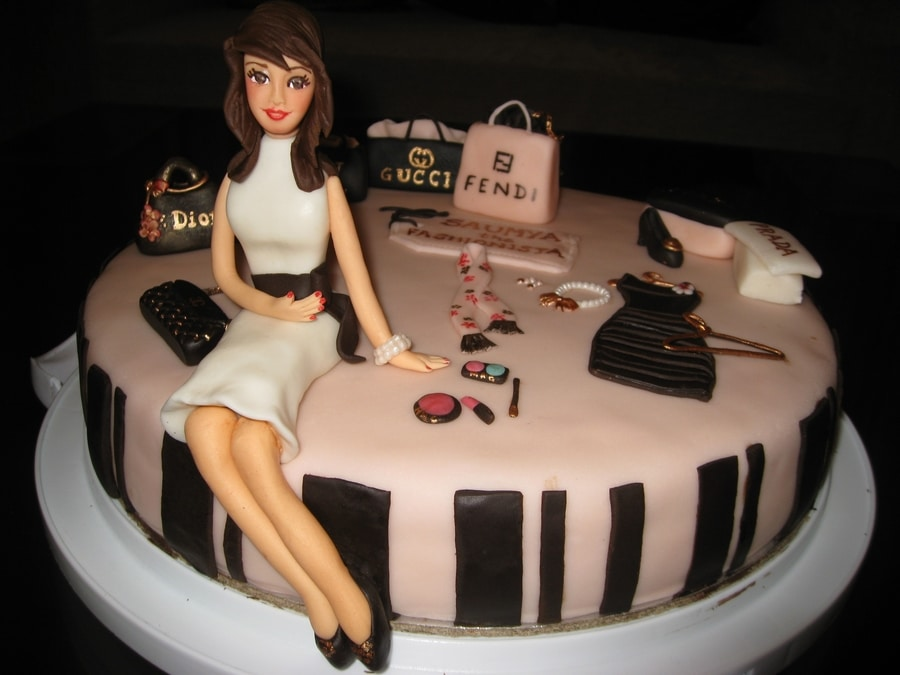 cake for a fashionista