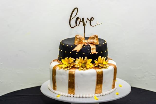 2 layer birthday cake for husband