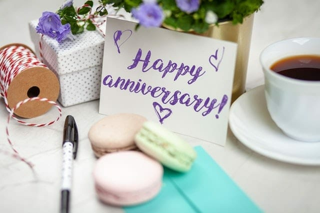 wedding anniversary gift ideas for couple