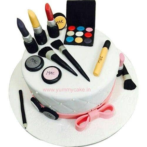 Makeup themed cake  to gift mother